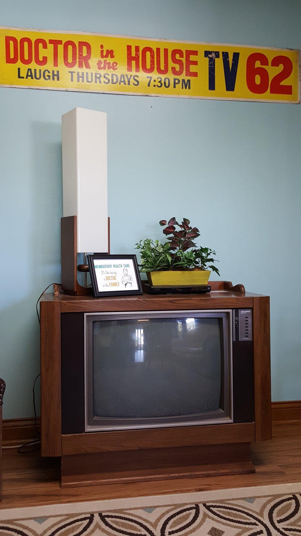 Lobby old TV.jpg