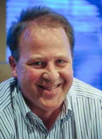 Headshot Curt.JPG