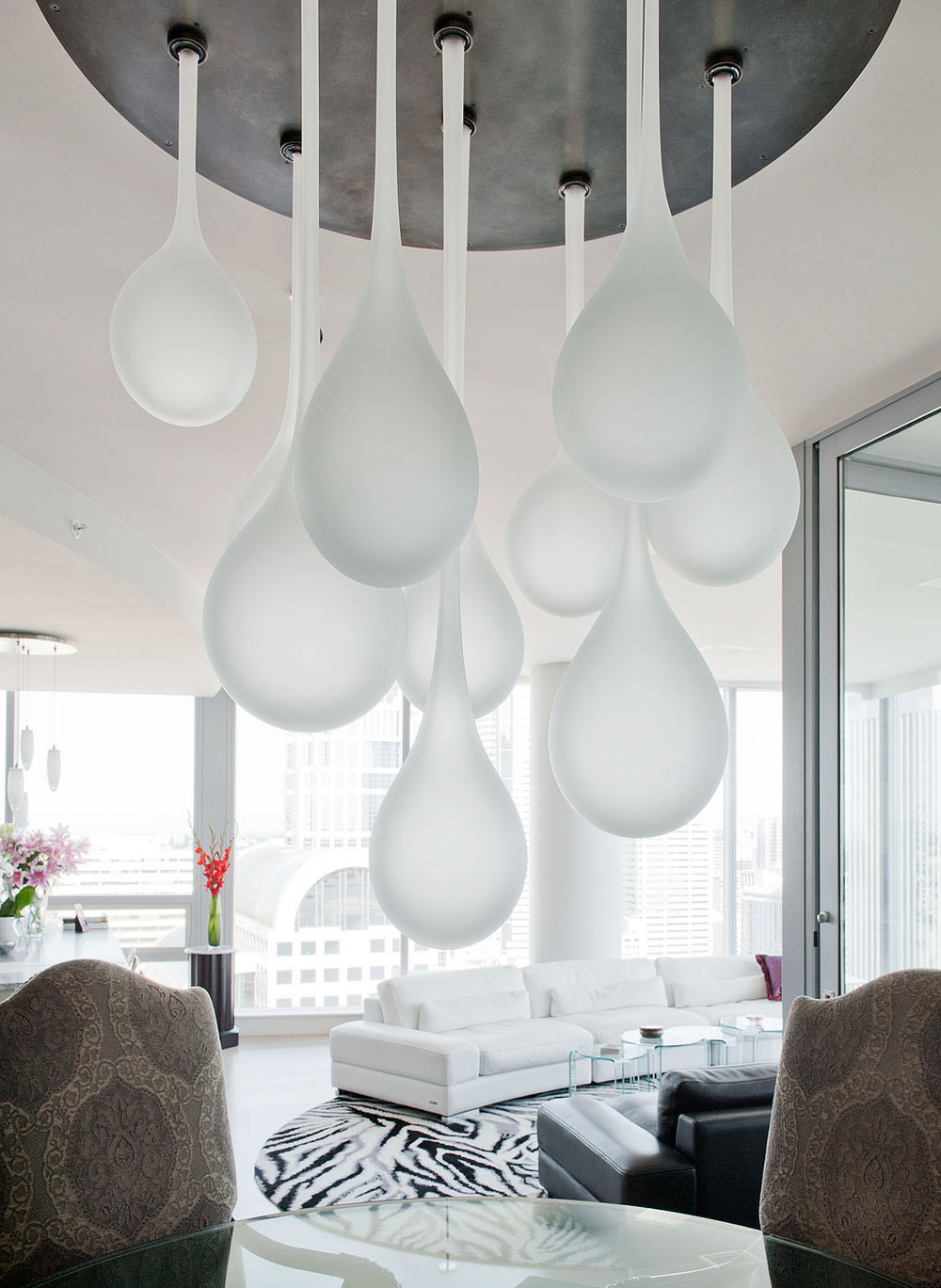 Canlis Glass | Seattle Glass Artist | Raindrop Chandelier