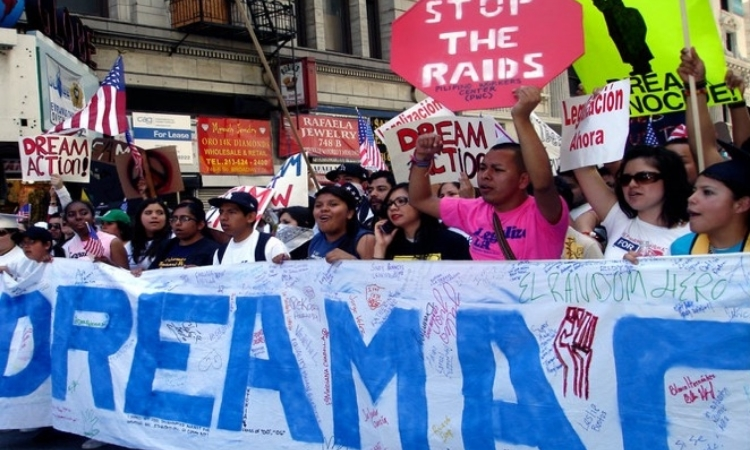 Undocumented students calling for the passage of the DREAM Act, LA (Photographer: Kimberlee Tellez)