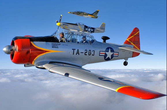 NORTH AMERICAN T6 Texan