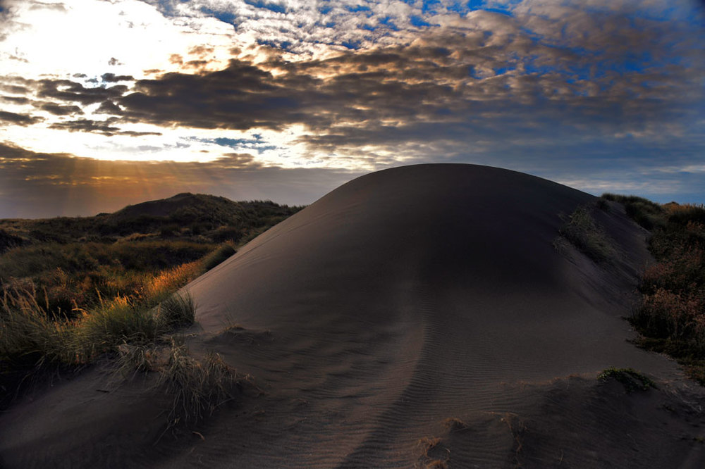 Black dunes at Castlecliff, Whanganui