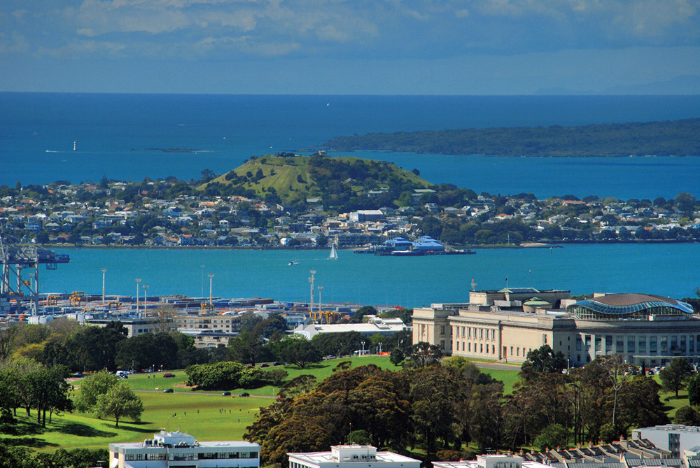 Auckland looking towards Mt Rangitoto