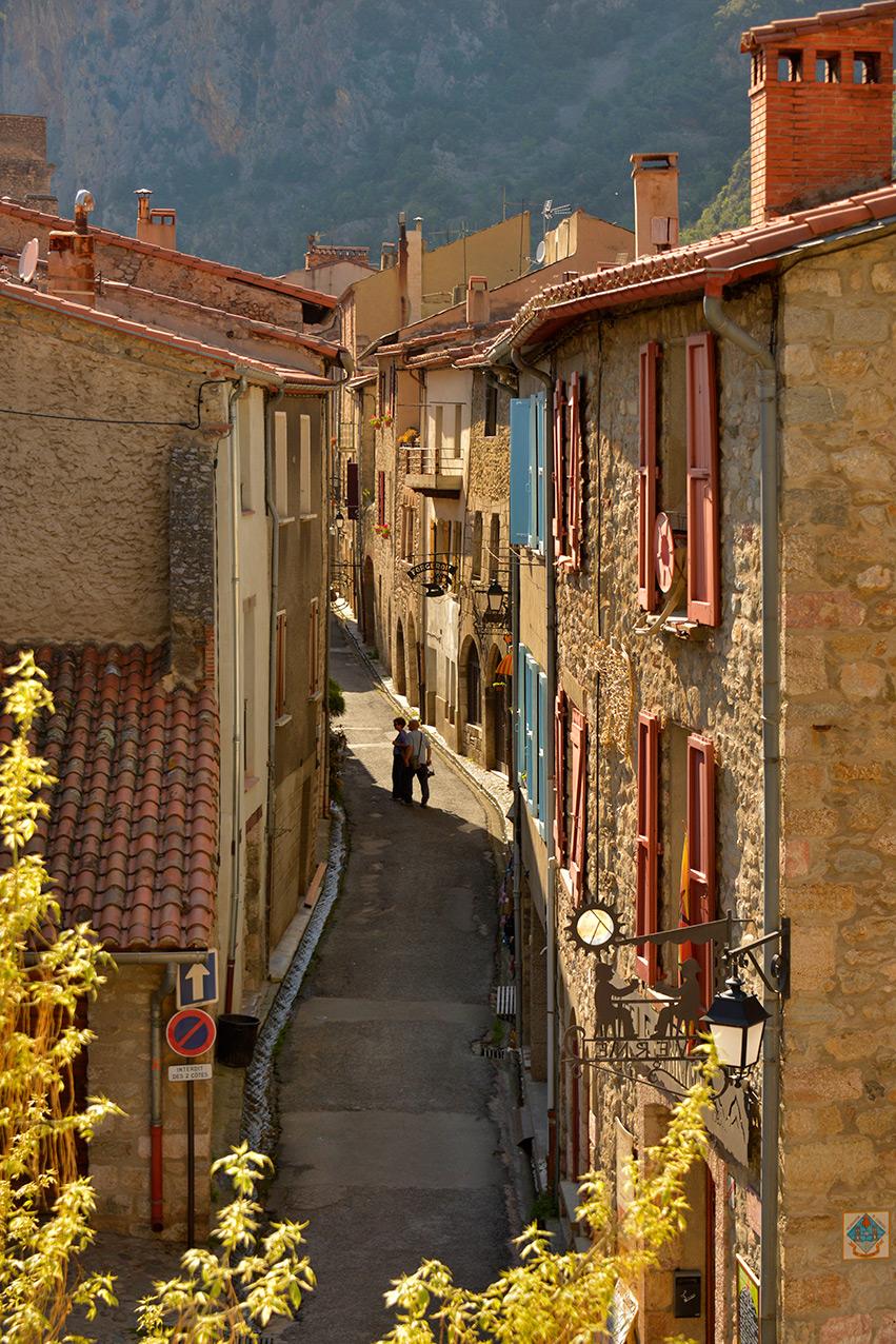 villafranche_street.jpg