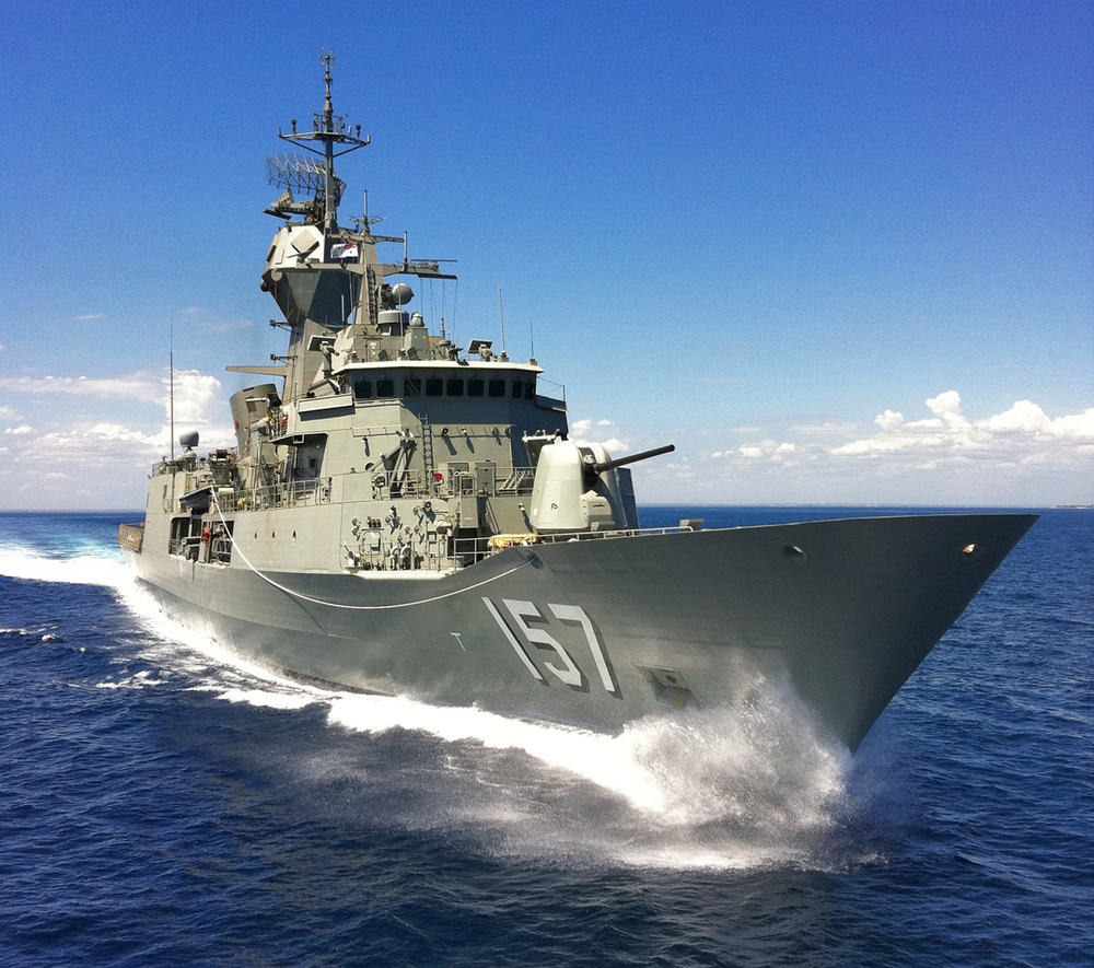 HMAS Perth during seat trials for her new ASMD mast