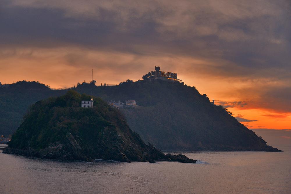 sunset_island.jpg