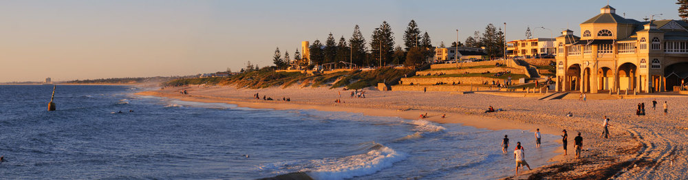 Indiana Cafe and Cottesloe Beach, looking towards Scarborough and the Northern Beaches