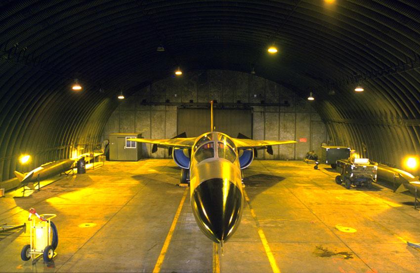 GD F-111