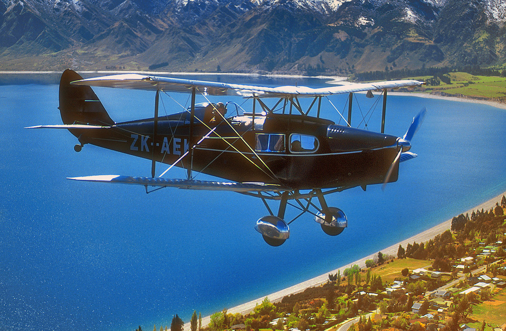 DH Fox Moth, Lake Wanaka NZ