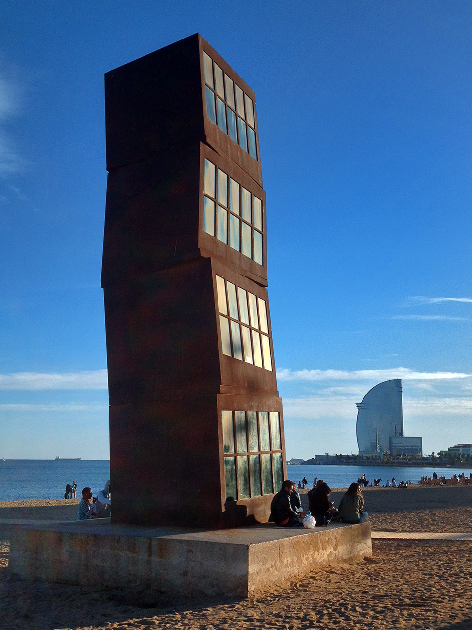 Beach scuplture and Hotel Vela, Barcelona