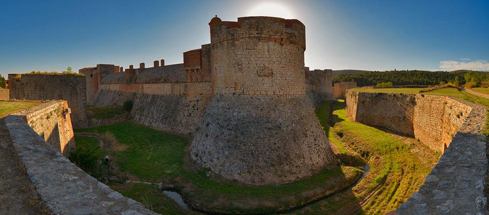 Chateau Salses, Occitanie