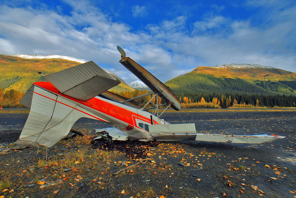 Crashed Cessna floatplane, Alaska