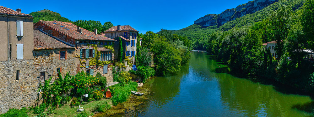 The river Aveyron at St Antonin Noble Val