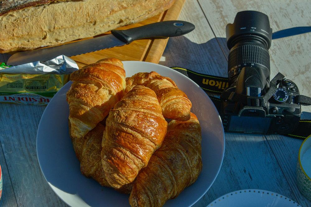 La petit dejeuner and Nikon