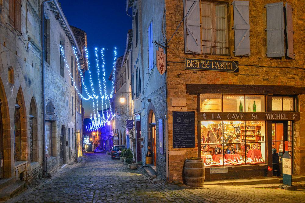 January lighting on Rue Grand Raimond, Cordes
