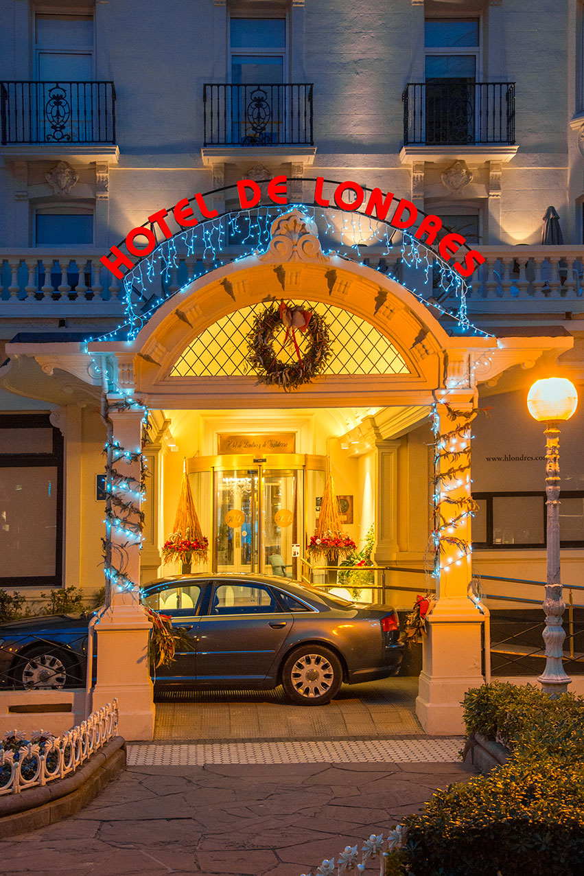 hotel_londres_entrance.jpg