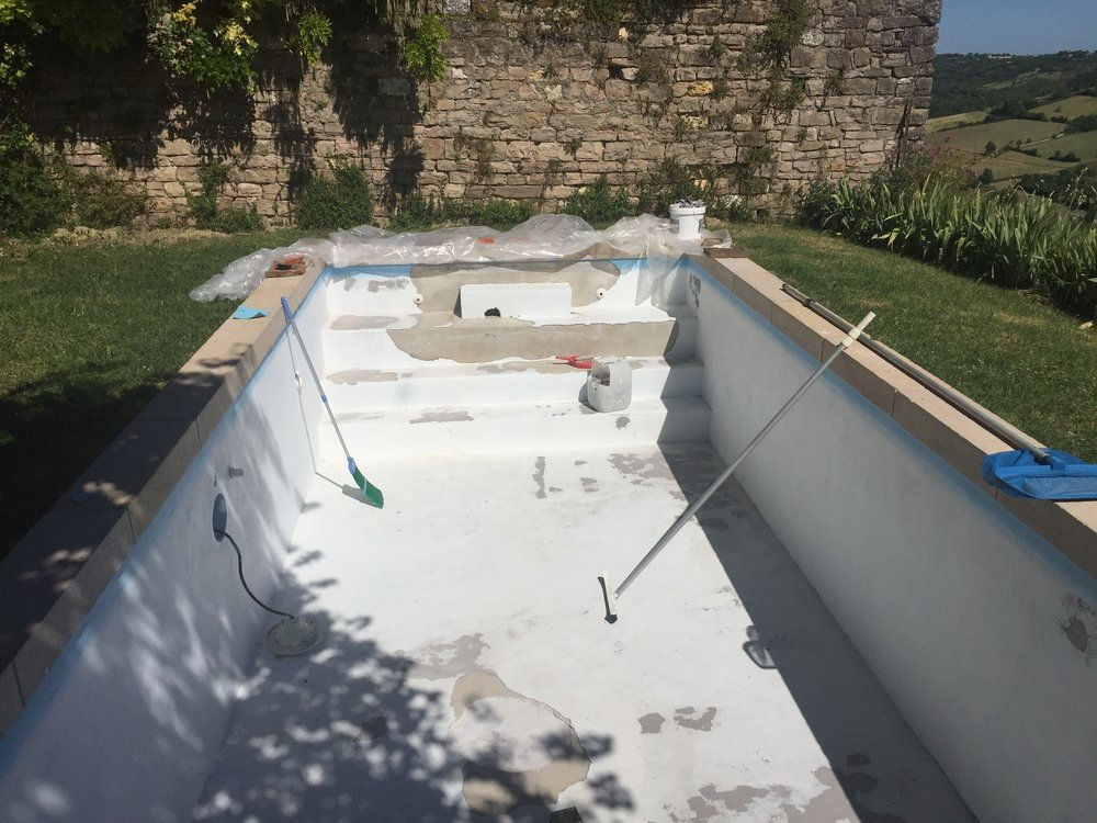 So once again, we drained the bloody pool, and once again re-rendered it. But then we figured not again, so lets get a liner! to hell with not understanding why this was happening.