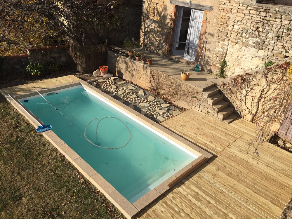 pool_decking_progress.jpg