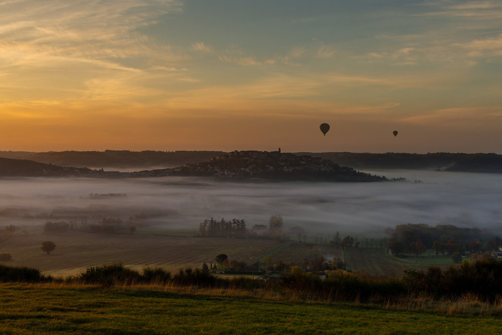 Cordes and balloons seen from La Couronne