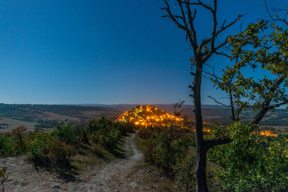 40 second exposure of Cordes, under a full moon