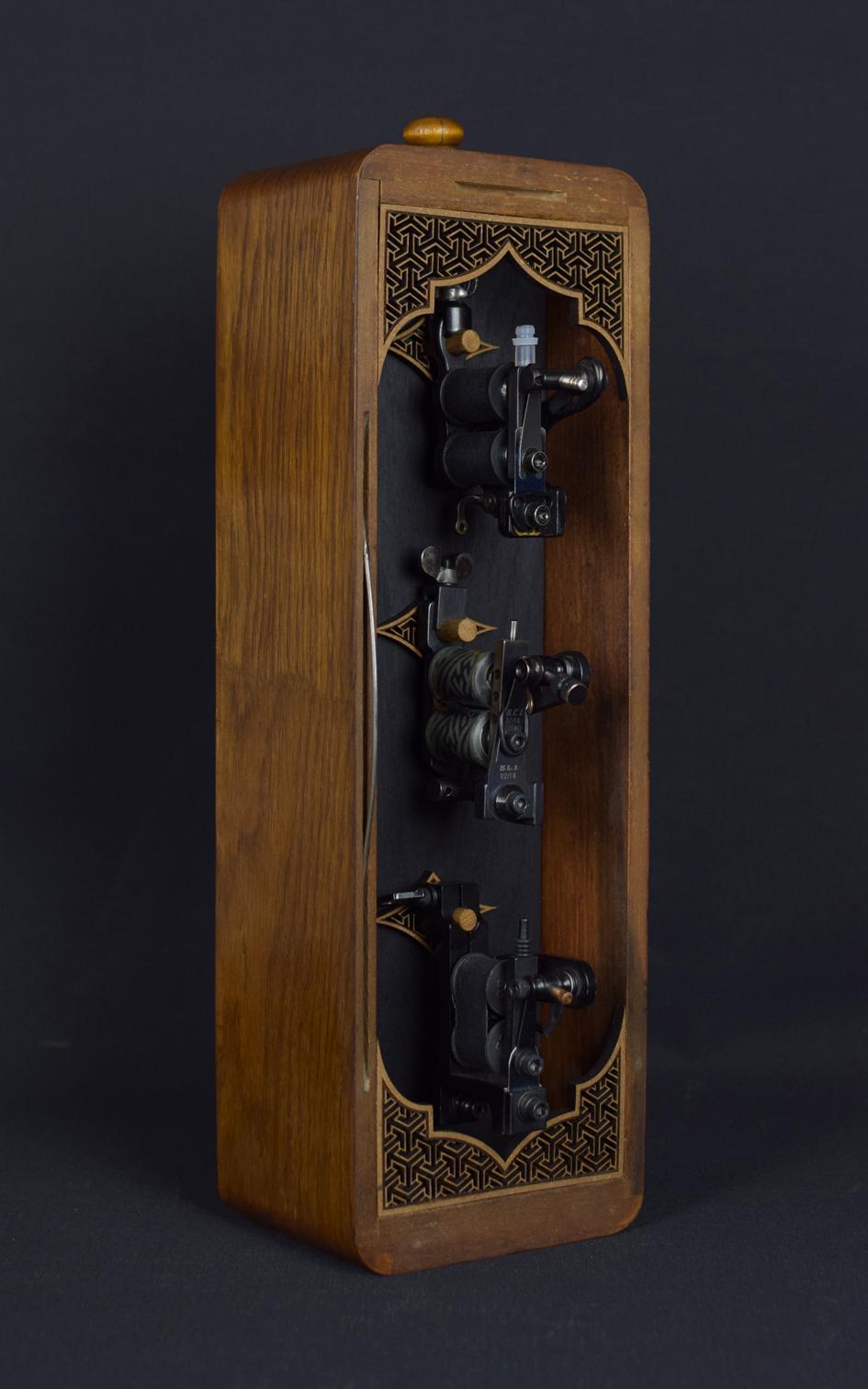 Box No.9 / 36x12x9cm