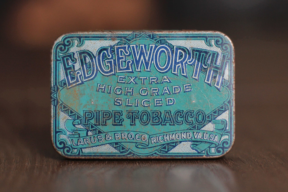 Edgeworth extra high grade sliced pipe tobacco tin. Larus & Bro. Co. Richmond, VA, U.S.A.