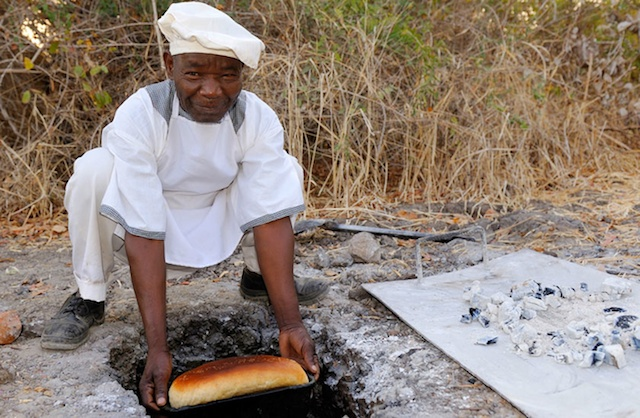 Primal-Pathways-South-Luangwa-Walking-Safari-Chef.jpg