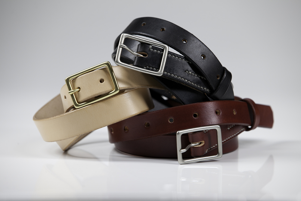 """121"" -  1"" ENGLISH BRIDAL LEATHER (EBONY) NICKEL PLATED SOLID BRASS BUCKLE ;  NORWEGIAN COWHIDE (NATURAL) SOLID BRASS BUCKLE ; NORWEGIAN COWHIDE (ARMY)  NICKEL PLATED SOLID BRASS BUCKLE  SUGG  ESTED RETAIL: $195"