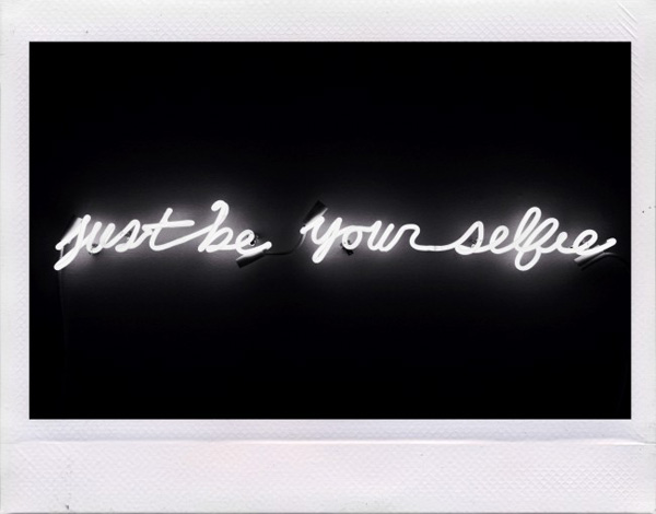 JUST BE YOUR SELFIE: neon, glass, transformer, GTO, supports, silver, zip ties, cinder block, 46 in. x 1 in. x 6 in. | Dylan Neuwirth © 2014