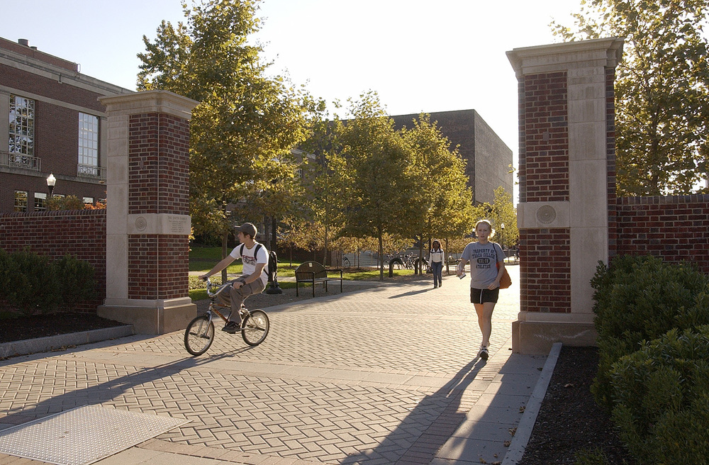 Project Location:  Rochester, NY      Completion:   2000  Primary Material Palette:  brick, limestone, concrete pavers  Photos By:  University of Rochester