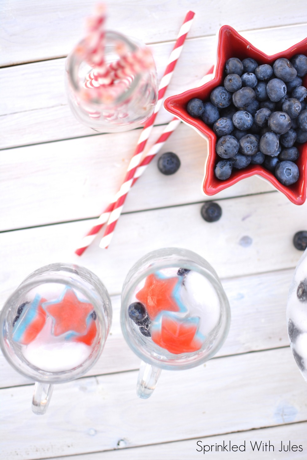 4th of July Layered Ice Cubes / Sprinkled With Jules