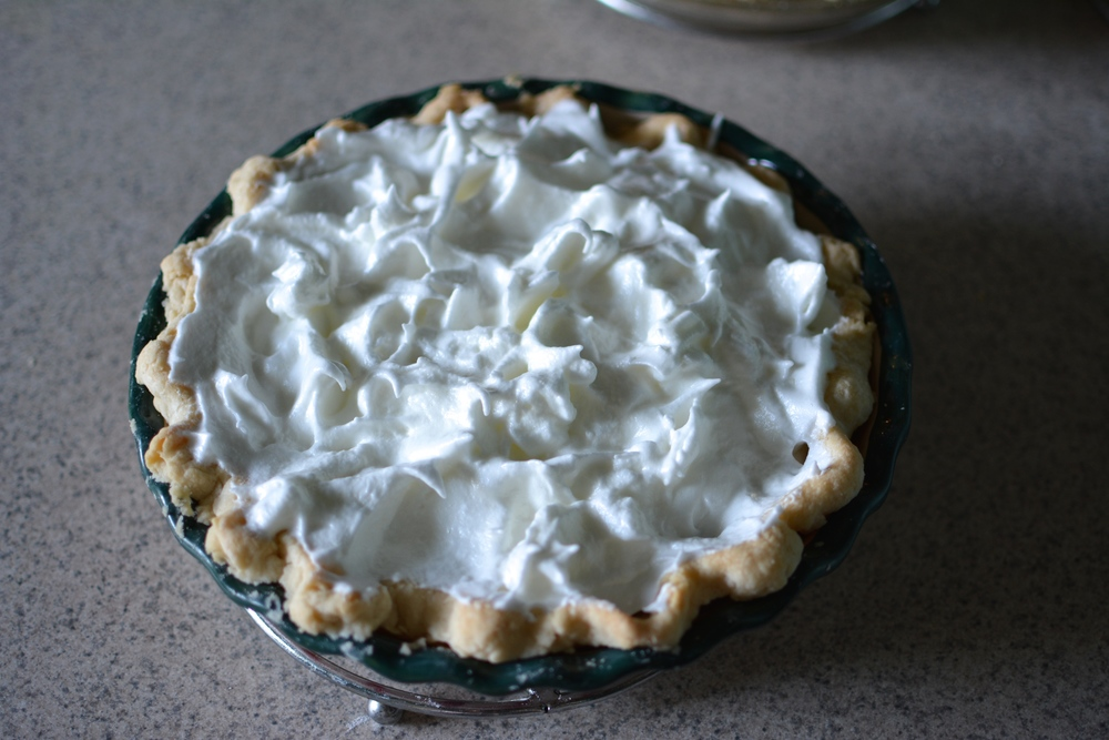 Nannie's Lemon Meringue Pie / Sprinkled With Jules