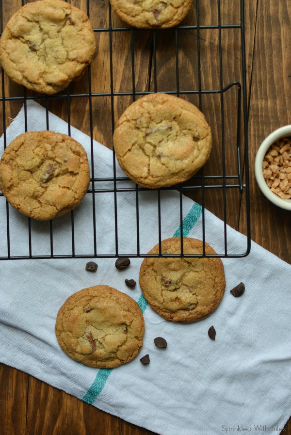 Brown Butter Toffee Chocolate Chip Cookies / Sprinkled With Jules