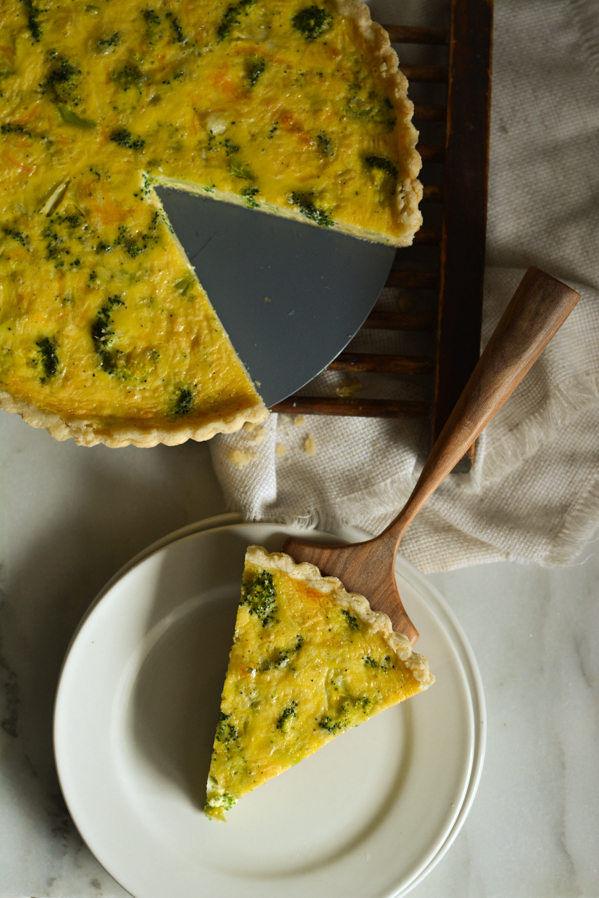 cheesy broccoli quiche | sprinkledwithjules.com