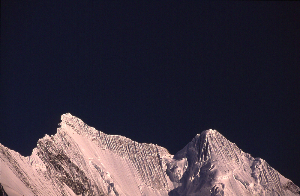 Mountain003.jpg