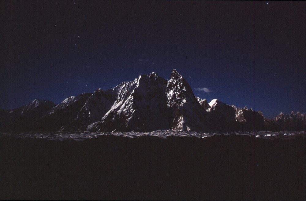 Looking toward Concordia from base camp at night.