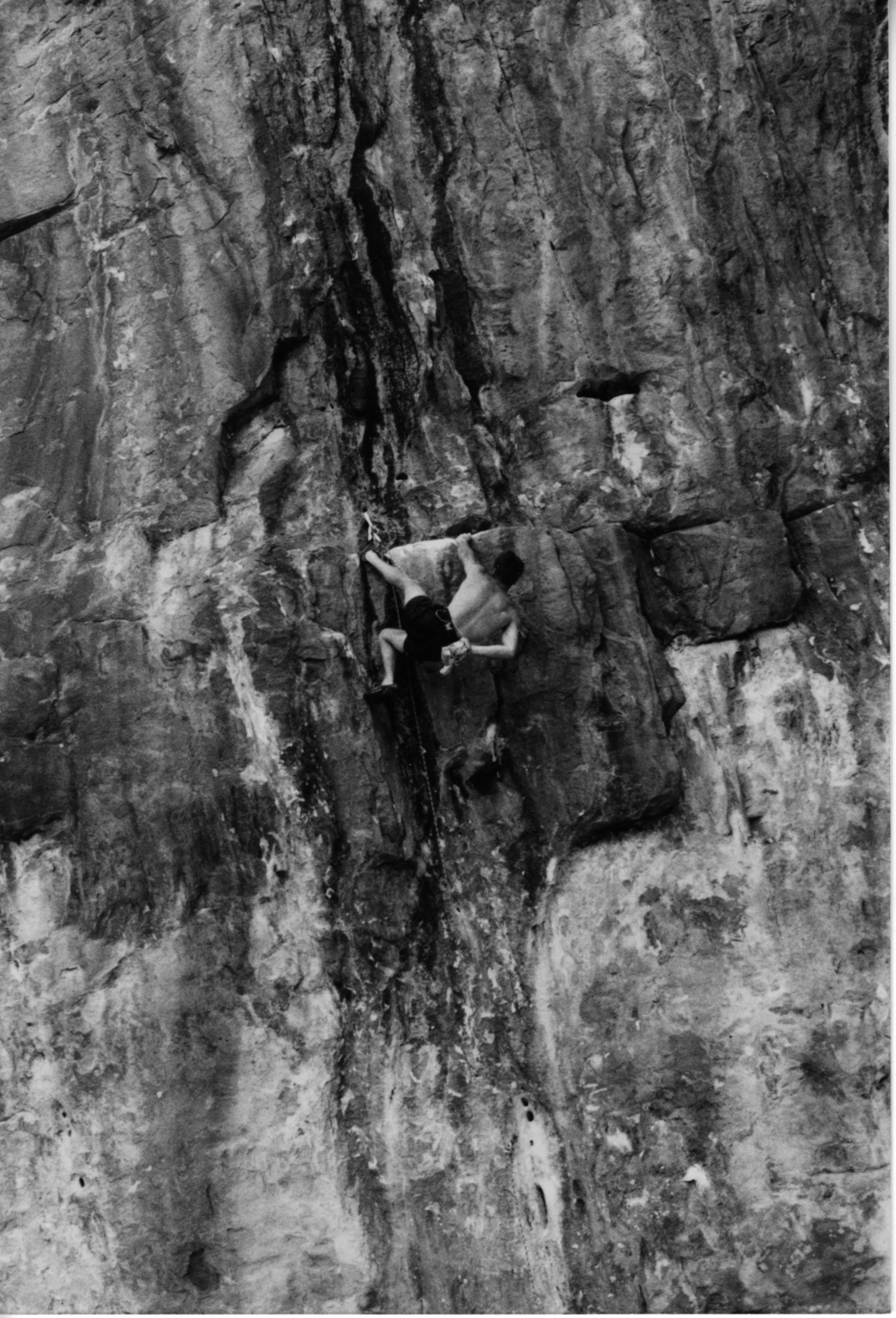Climbing  Daniel-Or-Tiger  (30), Sandinista Wall, Mt. Staplyton, Grampians, January '97. An excellent route established by Martin Scheel in 1989.