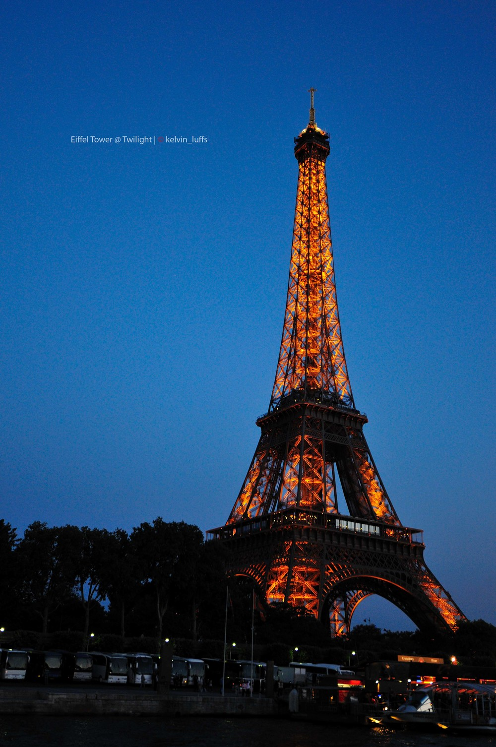 Eiffel Tower@ Twilight.jpg