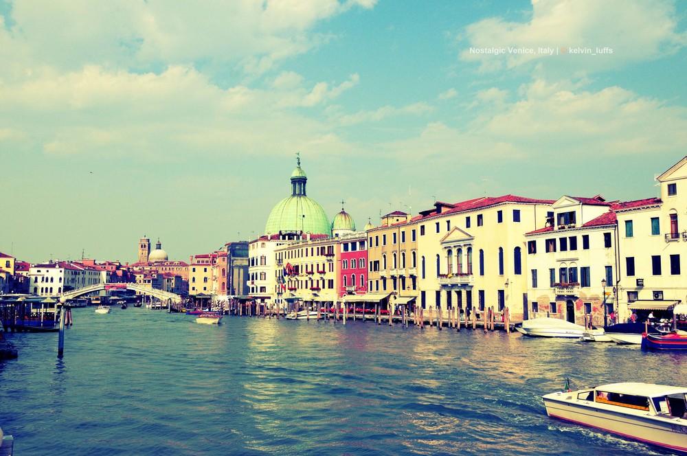Nostalgic Venice, Italy copy-e.jpg