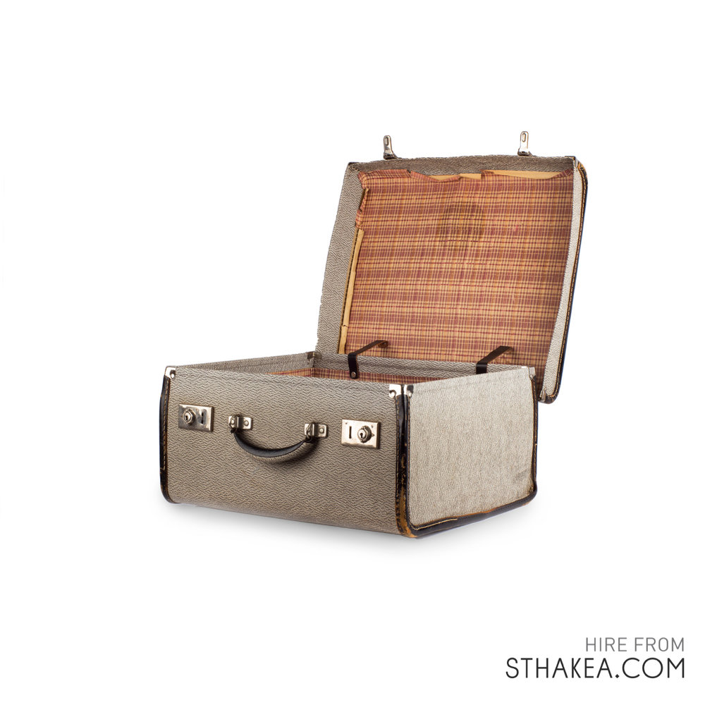St-Hakea-Melbourne-Event-Hire-Vintage-Hat-Box-Suitcase.jpg
