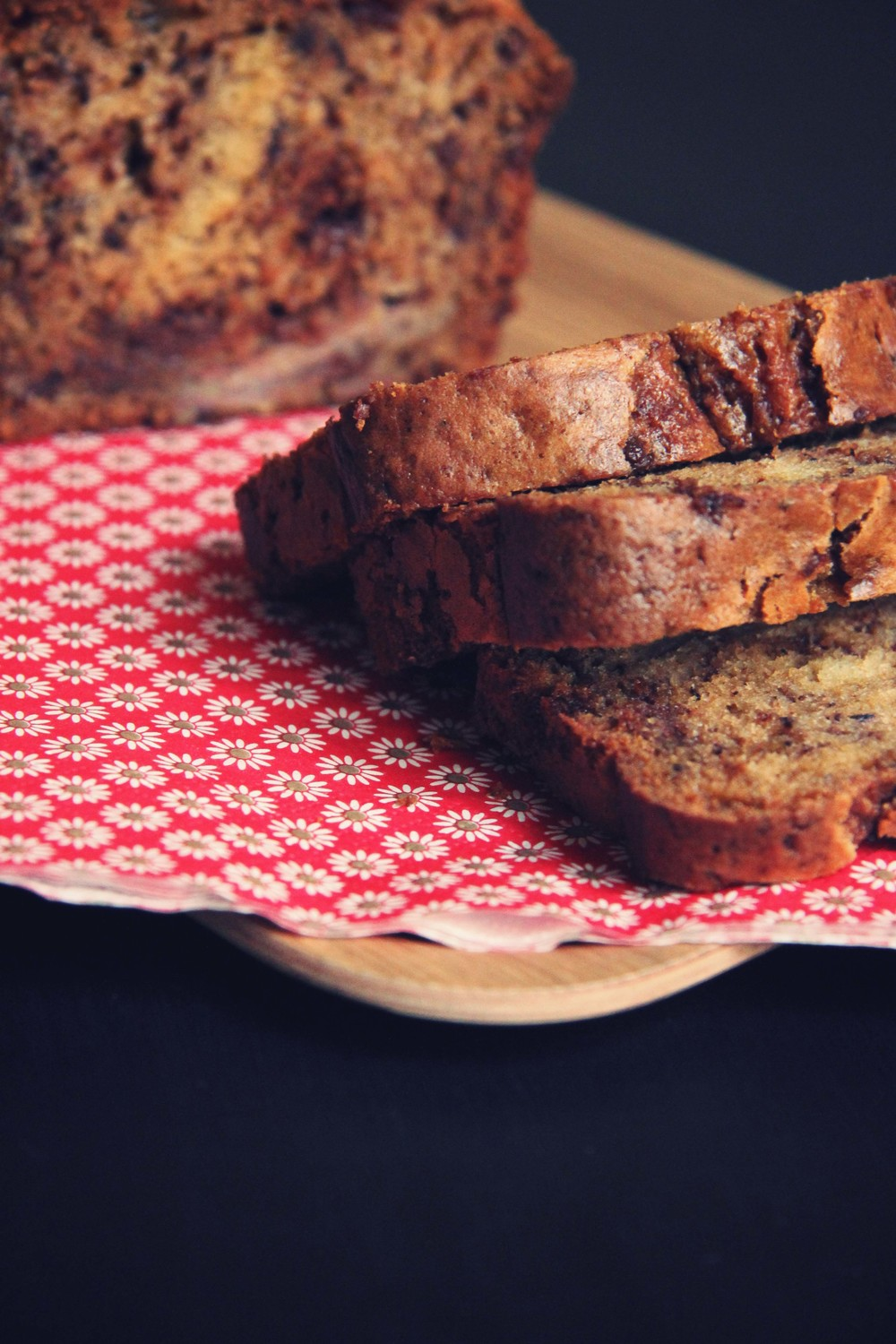 Banana Bread aux pépites de chocolat - The Flying Flour // www.theflyingflour.com