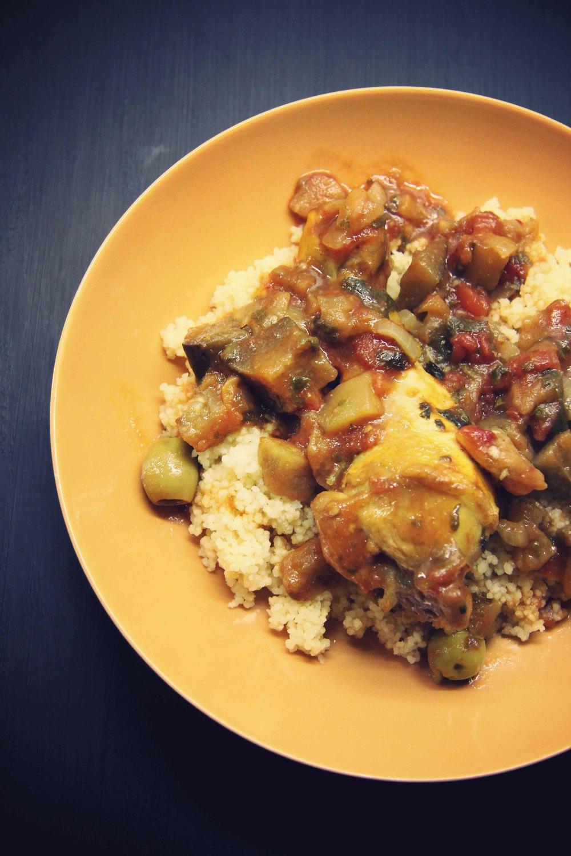 Tajine de poulet aux aubergines confites - The Flying Flour // www.theflyingflour.com