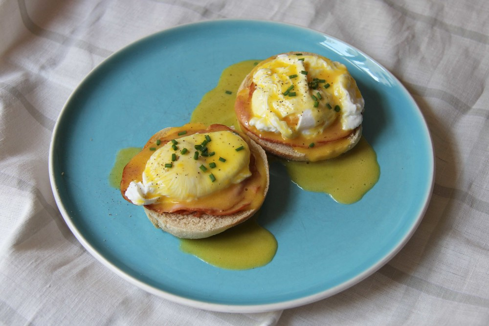 "Oeufs ""Benedict"" - The Flying Flour - www.theflyingflour.com"