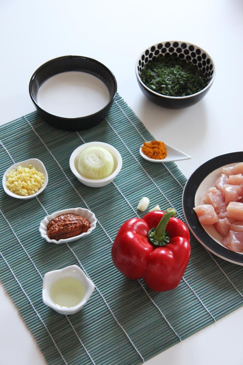 Curry de Poulet Thaï  -  www.theflyingflour.com