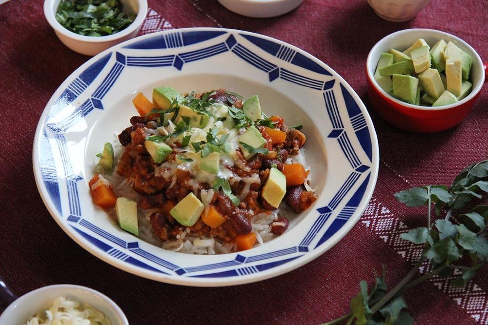 Butternut Chili Con Carne | www.theflyingflour.com