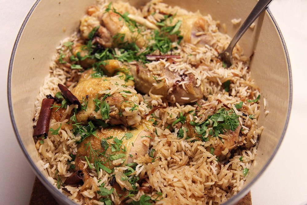 Poulet oignon caramélisé & riz cardamome | www.theflyingflour.com