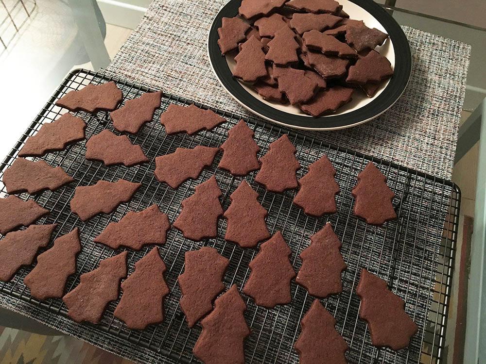 Sapins chocolat {Bredele de Noel} www.theflyingflour