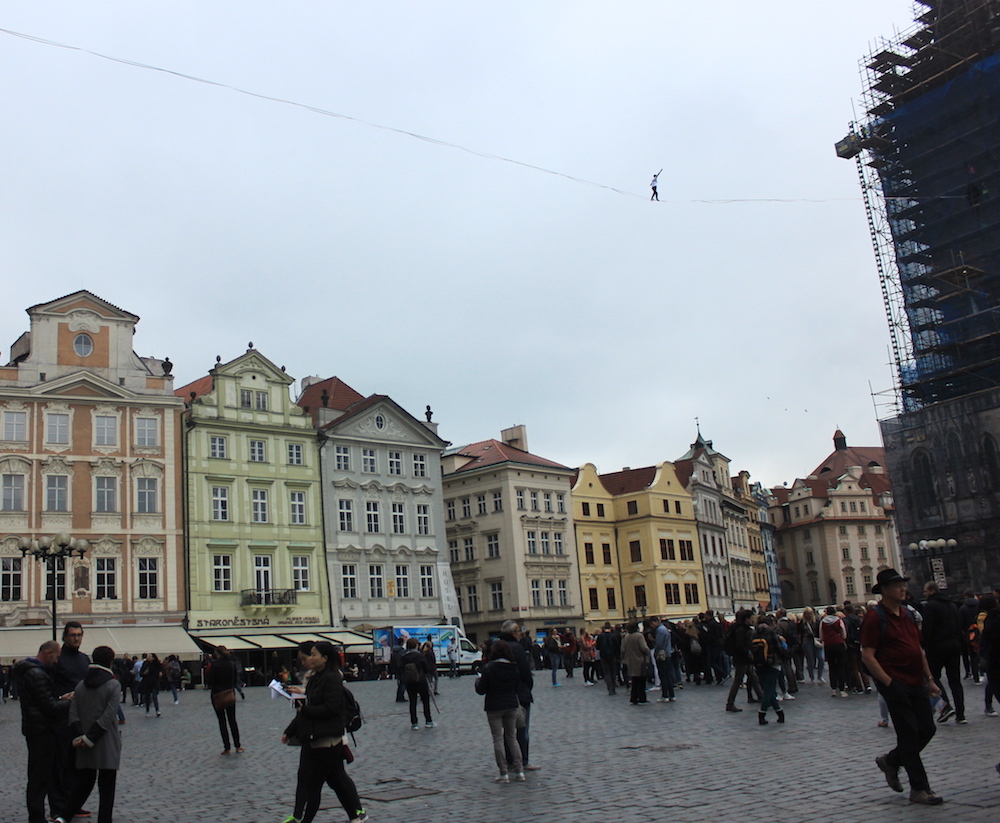 Tight-rope walker in Old Town of Prague | Photo credit: Rose Spaziani