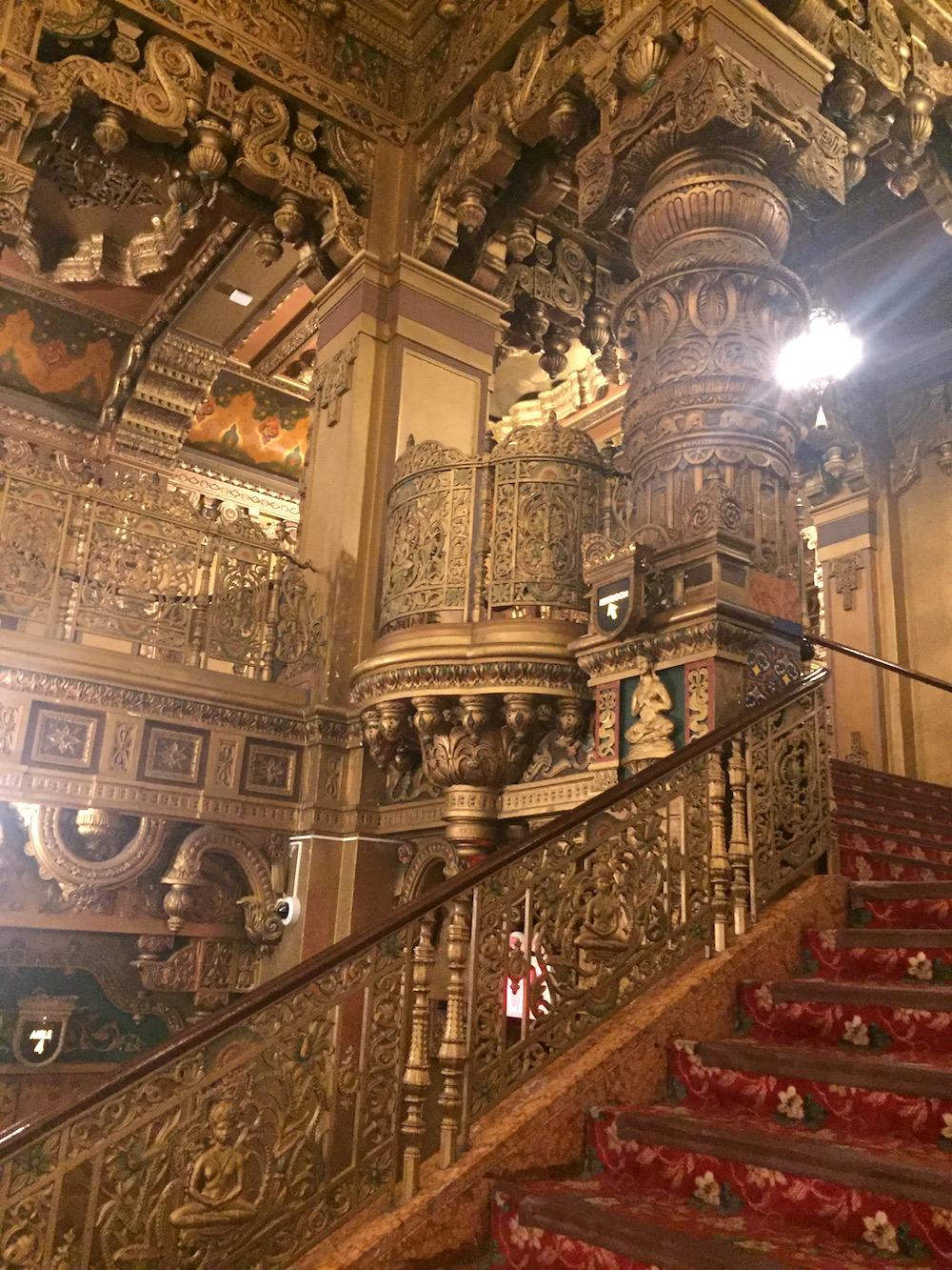 190212_Travelerose_United-Palace-Tour_Staircase.JPG