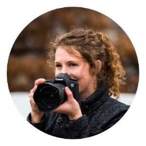 Melena-Wright-portrait001-circle.jpg